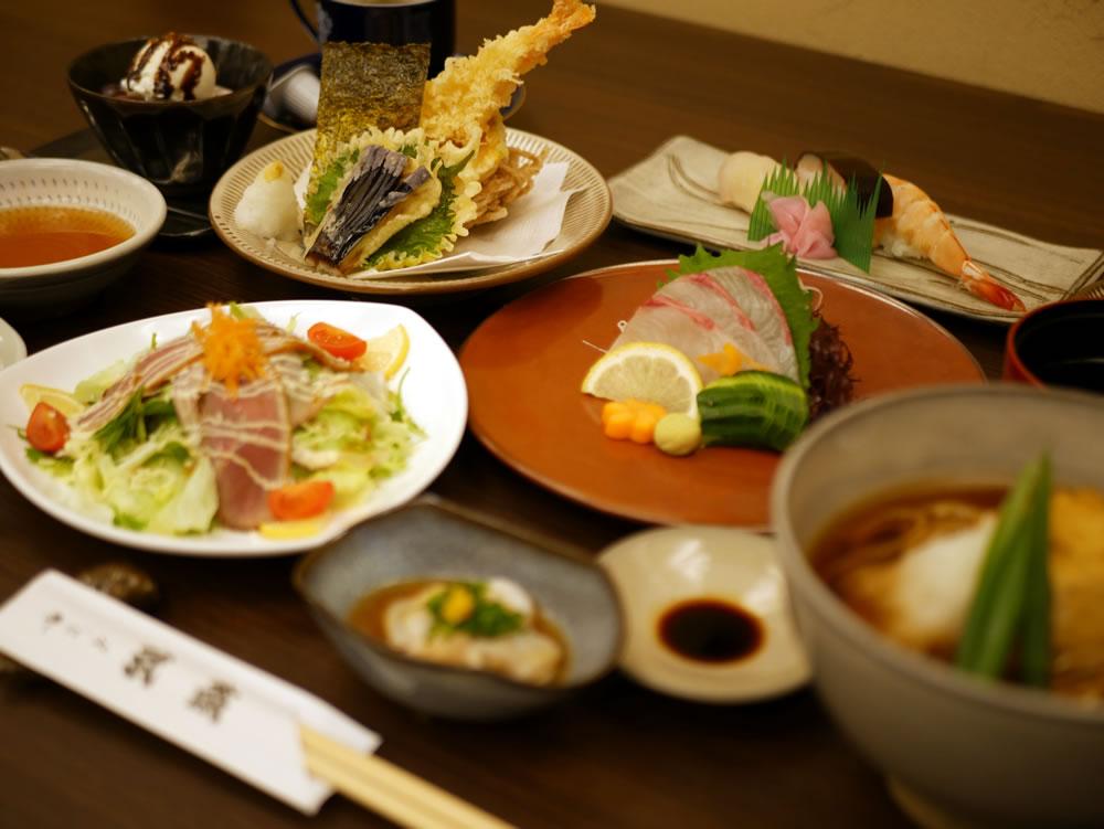 会席料理は宴会や会食で用いられるコース形式の日本料理